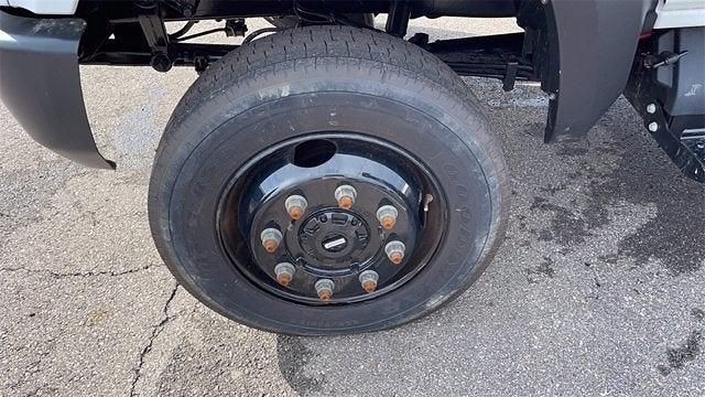 2020 Silverado 5500 Crew Cab DRW 4x4,  Crysteel E-Tipper Dump Body #CX0T089936 - photo 24