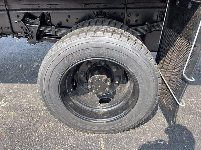 2020 Silverado 5500 Regular Cab DRW 4x4,  Knapheide Value-Master X Stake Bed #CX0T617531 - photo 7
