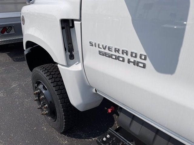 2020 Silverado 5500 Regular Cab DRW 4x4,  Knapheide Value-Master X Stake Bed #CX0T617531 - photo 9