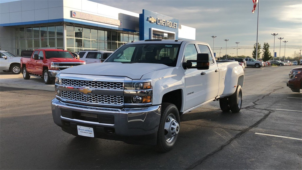 2019 Silverado 3500 Crew Cab 4x4,  Pickup #CX8T131067 - photo 4