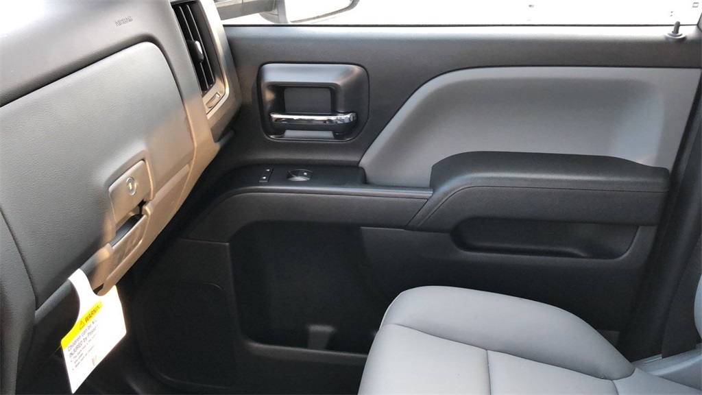 2019 Silverado 3500 Crew Cab 4x4,  Pickup #CX8T131067 - photo 30