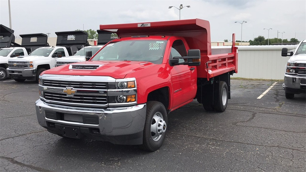 2018 Silverado 3500 Regular Cab DRW 4x4,  Rugby Dump Body #CX8T203565 - photo 3