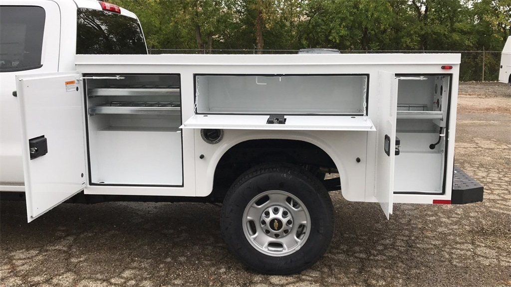 2018 Silverado 2500 Crew Cab 4x2,  Knapheide Service Body #CX8T265059 - photo 3