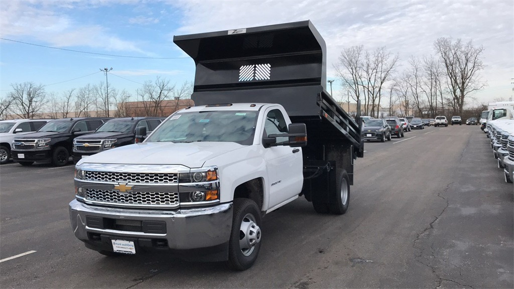 2019 Silverado 3500 Regular Cab DRW 4x4,  Rugby Dump Body #CX9T107582 - photo 3