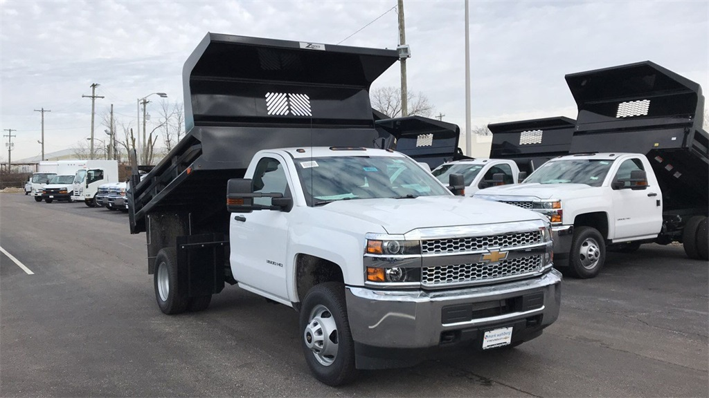 2019 Silverado 3500 Regular Cab DRW 4x4,  Rugby Dump Body #CX9T107582 - photo 2