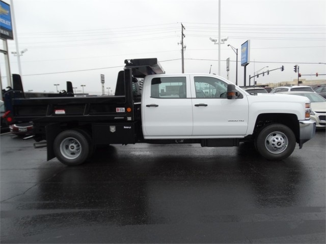 2016 Silverado 3500 Crew Cab 4x4, Reading Dump Body #GF114382 - photo 2