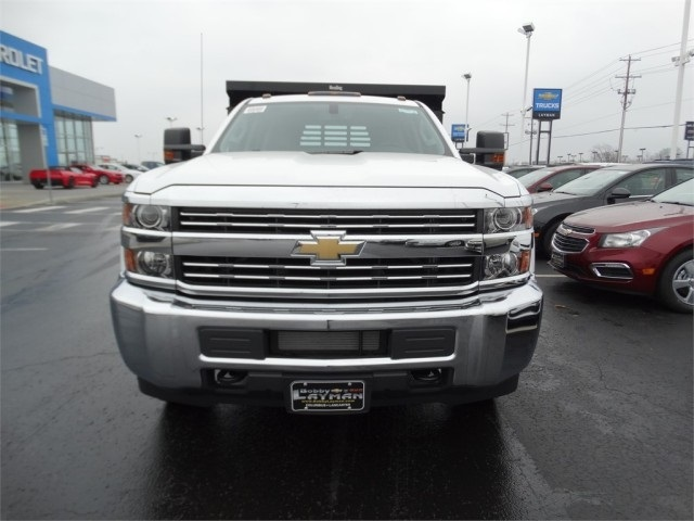 2016 Silverado 3500 Crew Cab 4x4, Reading Dump Body #GF114382 - photo 3