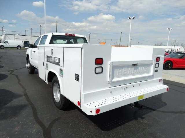 2016 Silverado 3500 Crew Cab 4x4, Reading Service Body #GF275542 - photo 2