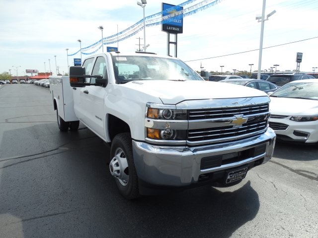 2016 Silverado 3500 Crew Cab 4x4, Reading Service Body #GF275542 - photo 4