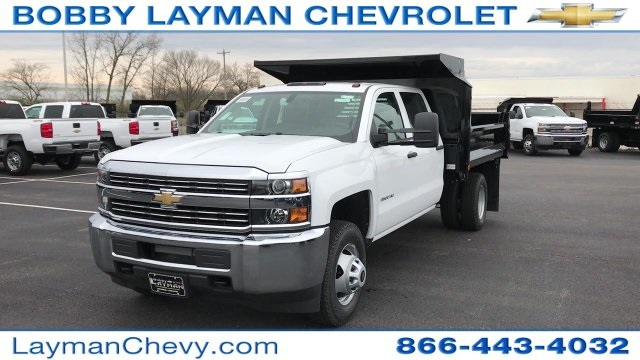 2017 Silverado 3500 Crew Cab DRW 4x4, Crysteel Dump Body #HF124736 - photo 3