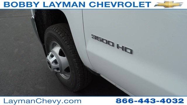 2017 Silverado 3500 Crew Cab DRW 4x4, Crysteel Dump Body #HF133064 - photo 12