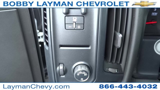 2017 Silverado 3500 Crew Cab DRW 4x4, Crysteel Dump Body #HF133064 - photo 21