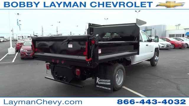 2017 Silverado 3500 Crew Cab DRW 4x4, Crysteel Dump Body #HF133064 - photo 7