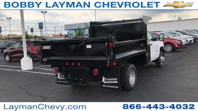2017 Silverado 3500 Regular Cab DRW, Crysteel Dump Body #HF206832 - photo 4