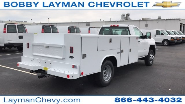 2017 Silverado 3500 Regular Cab DRW 4x4, Reading Classic II Steel Service Body #HF215423 - photo 3