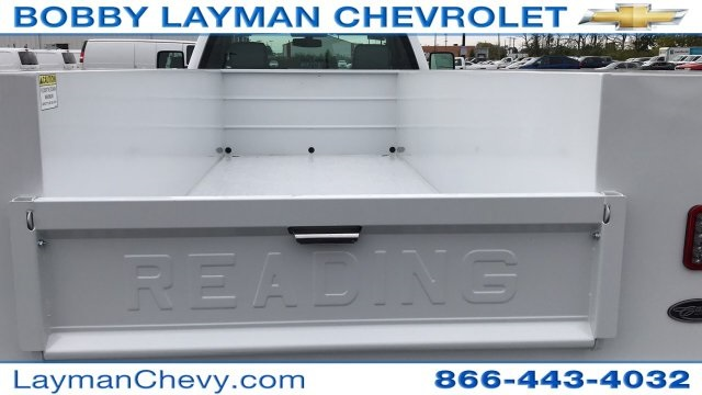 2017 Silverado 3500 Regular Cab DRW 4x4, Reading Classic II Steel Service Body #HF215423 - photo 9
