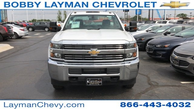 2017 Silverado 3500 Regular Cab DRW 4x4, Knapheide Standard Service Body Service Body #HZ232298 - photo 4