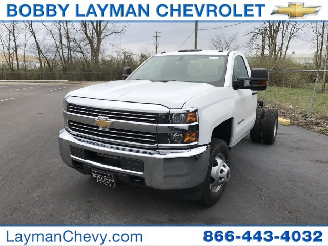 2017 Silverado 3500 Regular Cab DRW Cab Chassis #HZ268443 - photo 1