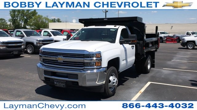2017 Silverado 3500 Regular Cab DRW, Reading Dump Body #HZ312712 - photo 4