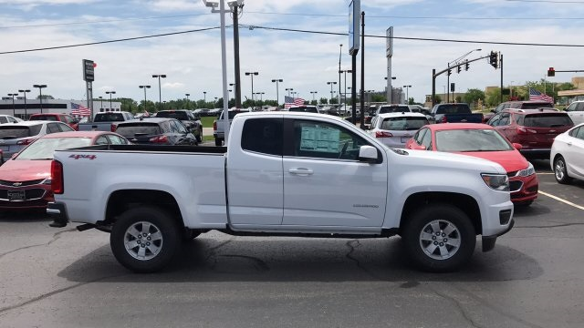 2018 Colorado Extended Cab 4x4,  Pickup #J1291051 - photo 1