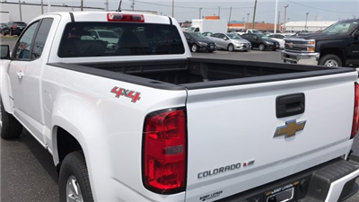 2018 Colorado Extended Cab 4x4,  Pickup #J1291051 - photo 9
