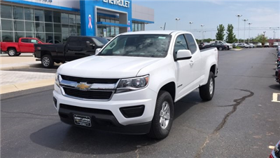 2018 Colorado Extended Cab 4x4,  Pickup #J1291051 - photo 3