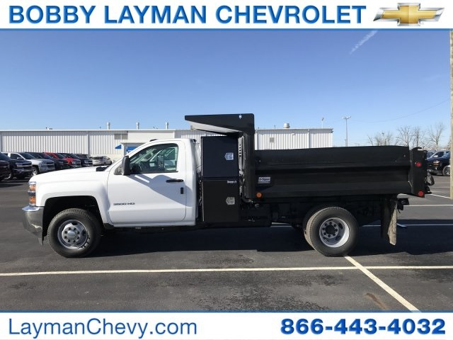 2018 Silverado 3500 Regular Cab DRW 4x4, Dump Body #JF100210 - photo 3