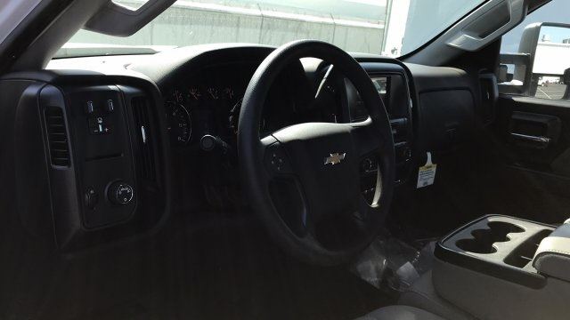 2018 Silverado 3500 Regular Cab DRW, Platform Body #JF109342 - photo 14