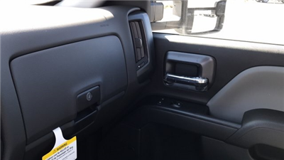 2018 Silverado 3500 Regular Cab DRW, Knapheide Value-Master X Platform Body #JF111380 - photo 25