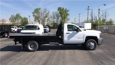 2018 Silverado 3500 Regular Cab DRW, Knapheide Value-Master X Platform Body #JF111380 - photo 1