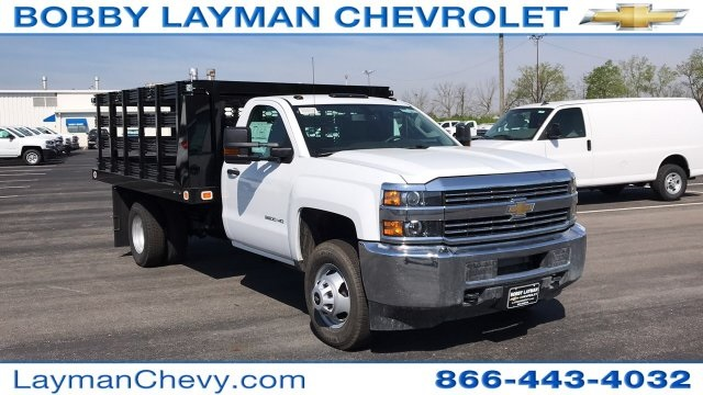2018 Silverado 3500 Regular Cab DRW, Stake Bed #JF112559 - photo 5