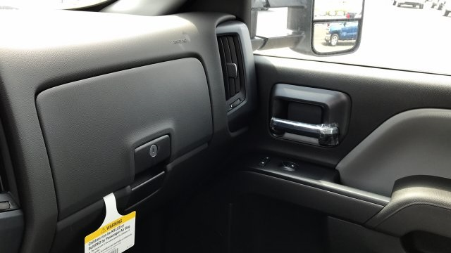 2018 Silverado 3500 Crew Cab DRW 4x2,  Service Body #JF123697 - photo 27