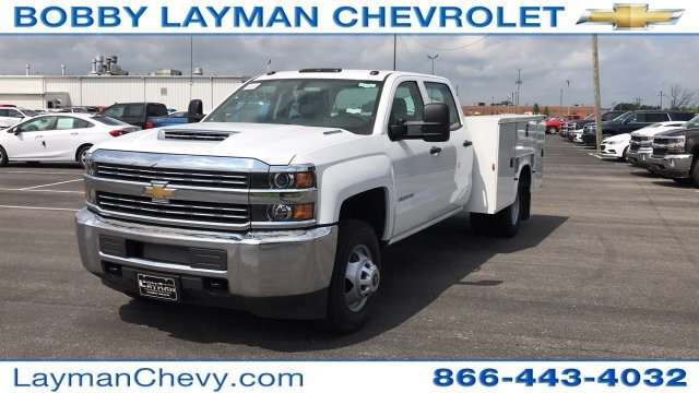2018 Silverado 3500 Crew Cab DRW 4x2,  Service Body #JF123697 - photo 3