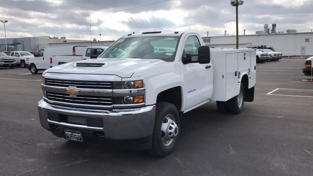 2018 Silverado 3500 Regular Cab DRW 4x4,  Knapheide Standard Service Body #JF196370 - photo 3
