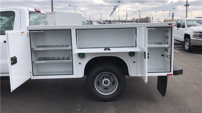 2018 Silverado 3500 Regular Cab DRW 4x4,  Knapheide Standard Service Body #JF196370 - photo 12