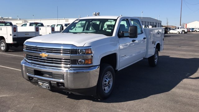 2018 Silverado 2500 Crew Cab, Knapheide Service Body #JF209593 - photo 3