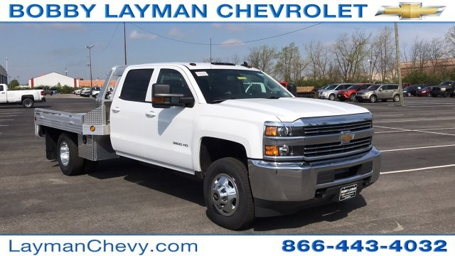 2018 Silverado 3500 Crew Cab DRW 4x4, Platform Body #JF212272 - photo 5