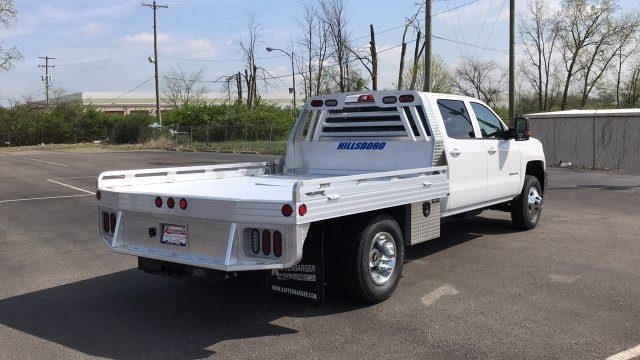 2018 Silverado 3500 Crew Cab DRW 4x4, Platform Body #JF212272 - photo 6