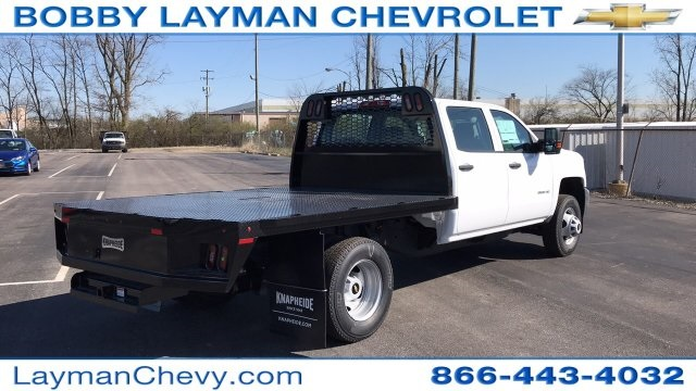 2018 Silverado 3500 Crew Cab DRW 4x4, Platform Body #JF228899 - photo 8