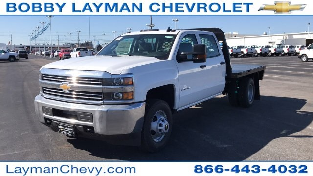 2018 Silverado 3500 Crew Cab DRW 4x4, Platform Body #JF228899 - photo 7