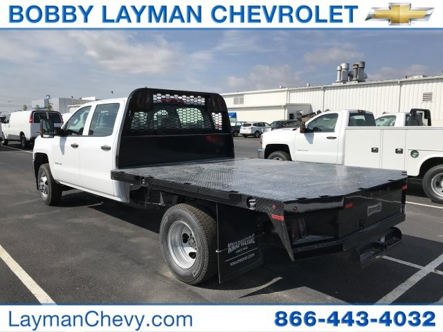 2018 Silverado 3500 Crew Cab DRW 4x4, Platform Body #JF230862 - photo 2