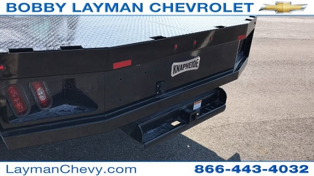 2018 Silverado 3500 Crew Cab DRW 4x4, Platform Body #JF230862 - photo 10