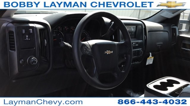 2018 Silverado 3500 Crew Cab DRW 4x4, Platform Body #JF230862 - photo 14
