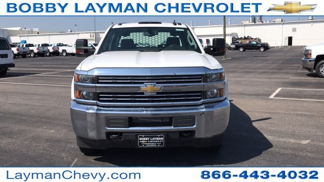 2018 Silverado 3500 Crew Cab DRW 4x4, Platform Body #JF230862 - photo 6