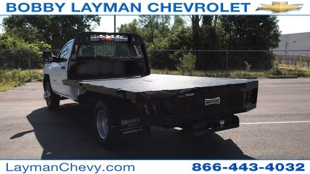 2018 Silverado 3500 Regular Cab DRW 4x2,  Knapheide Platform Body #JF247662 - photo 2