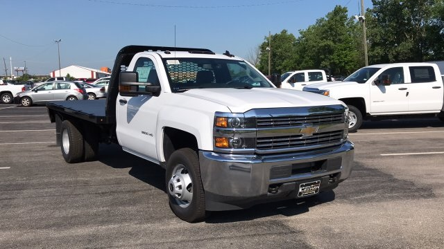 2018 Silverado 3500 Regular Cab DRW 4x2,  Knapheide Platform Body #JF247662 - photo 5