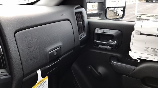 2018 Silverado 2500 Regular Cab 4x4, Knapheide Service Body #JZ129159 - photo 26