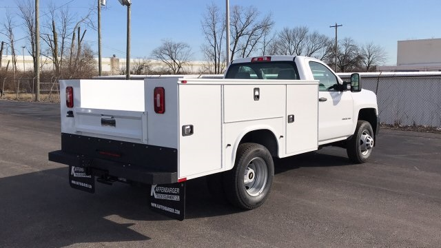 2018 Silverado 3500 Regular Cab DRW 4x4, Knapheide Standard Service Body #JZ152487 - photo 6