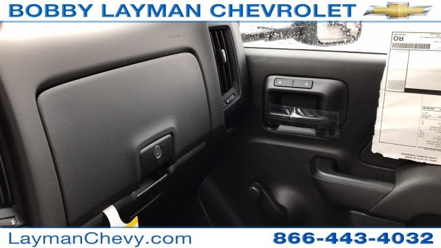 2018 Silverado 3500 Regular Cab DRW 4x4, Crysteel Dump Body #JZ155666 - photo 26