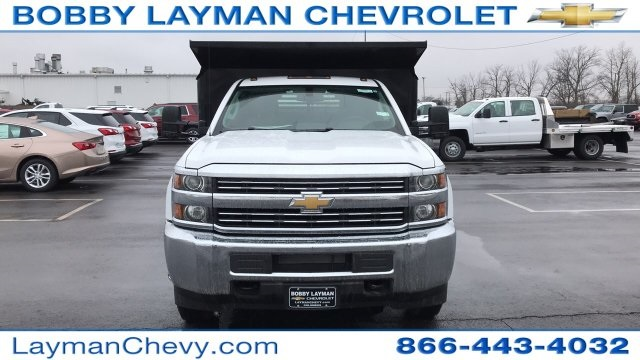 2018 Silverado 3500 Regular Cab DRW 4x4, Crysteel Dump Body #JZ155666 - photo 4